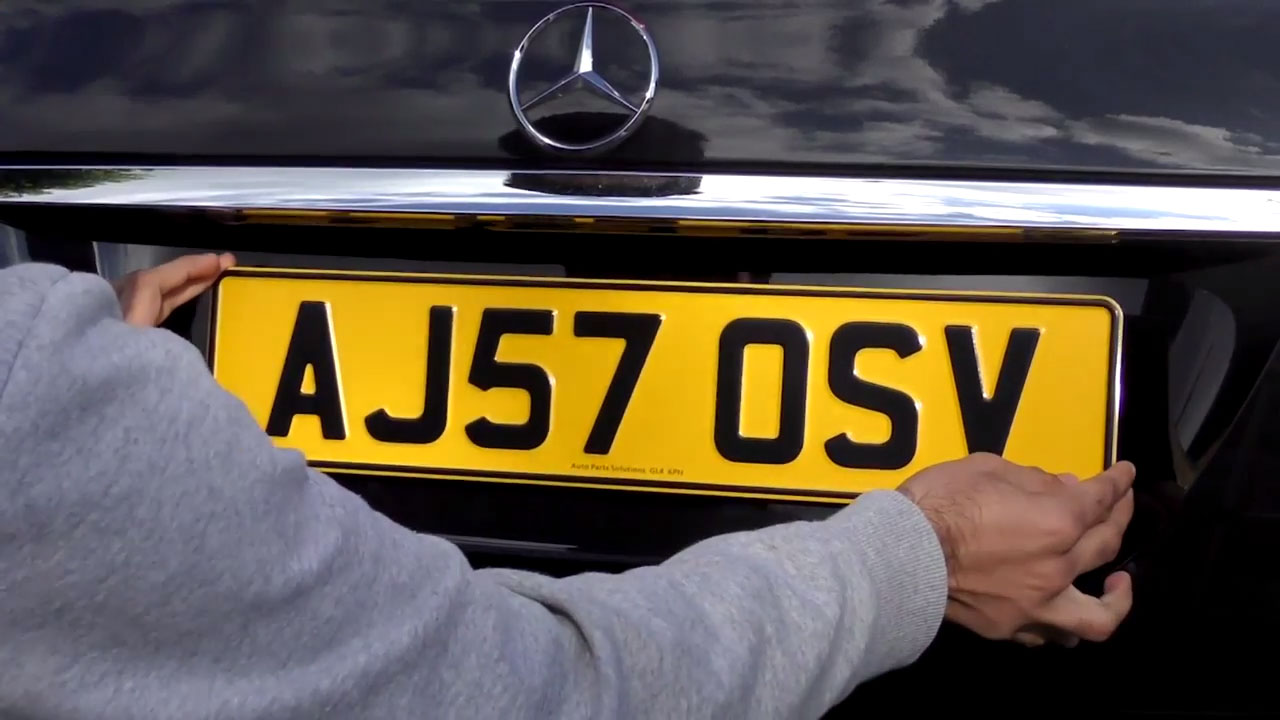 how to read number plates
